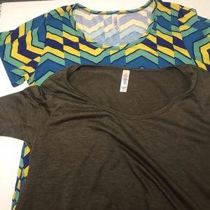 Lularoe T-shirt bundle size small